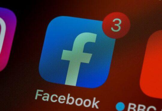 Facebook a empatia